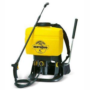 Berthoud knapsack spraying device